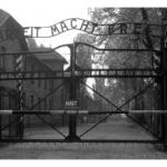 774_Auschwitz_gate